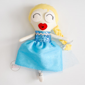 """Elsa"" | Jessica Dolls™"